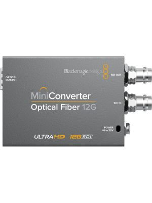 Blackmagic Mini Converter: Optical Fiber 12G (SFP Optical Module not included)